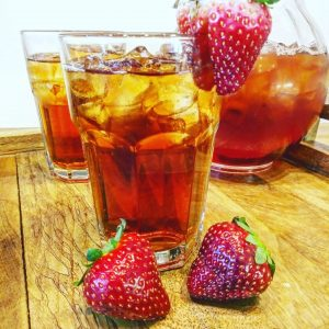 Sweet and Unsweetened Strawberry Tea