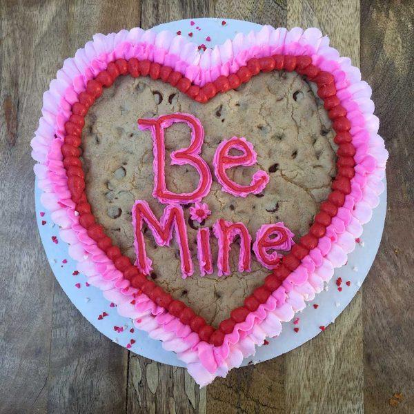 valentines day cookie cake be mine